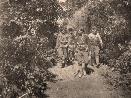 Četnička izvidnica na početku rata (Snimak Arčibalda Rajsa)