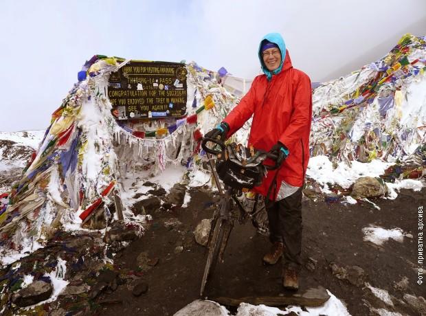 Snežana na Himalajima, na visini od 5416 metara