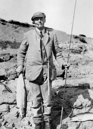 Роберт Нил Стјуарт, заљубљеник у риболов коме се посветио после рата