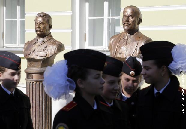 Staljin, Lenin