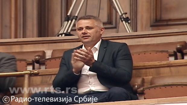 Игор Јурић у галерији парламента