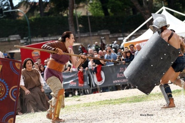 Dragana Moles kao gladijatorka