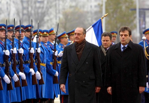 Жак Ширак и Војислав Коштуница у Београду 2001.
