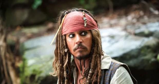 Džoni Dep kao kapetan Džek Sperou