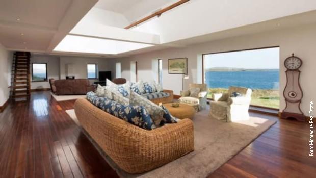 Glavna kuća ima pogled na Atlantski okean