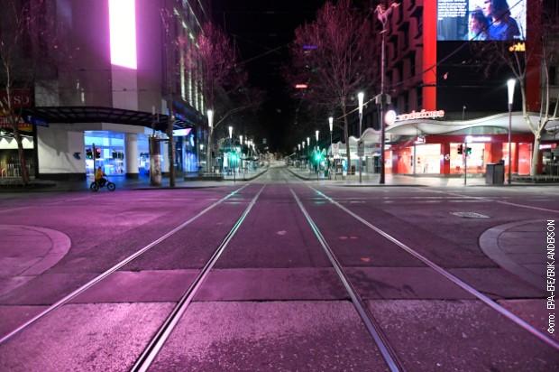 Puste ulice Melburna zbog stroge zabrane kretanja