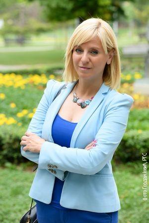 Ана Стменковић