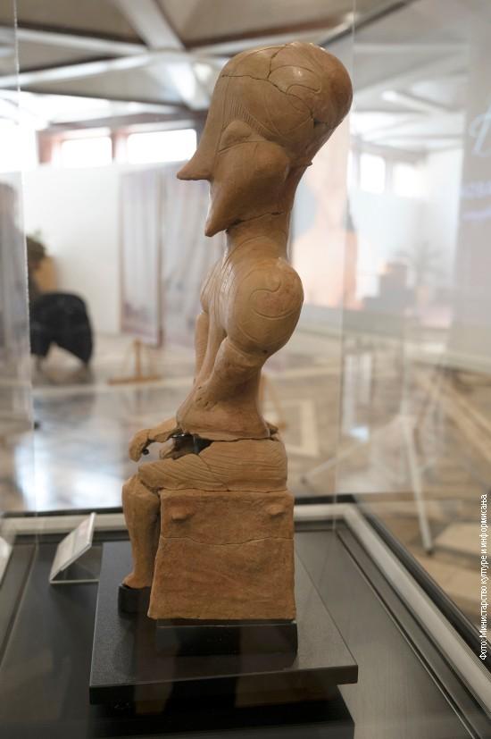 Статуета Вита висока је 54 центиметара