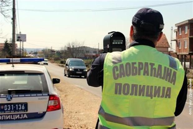 Čačanin vozio sa 3,63 promila alkohola u krvi, isključen iz saobraćaja i odveden na trežnjenje