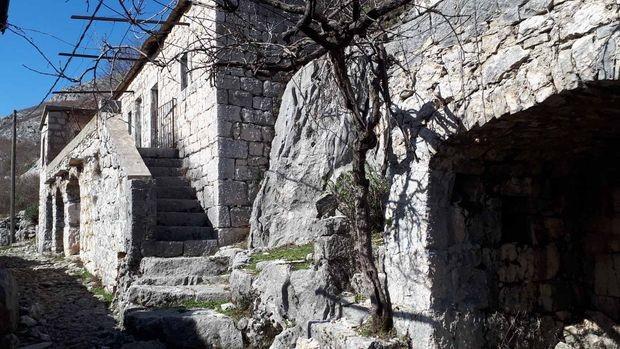 Život na kamenu i od kamena