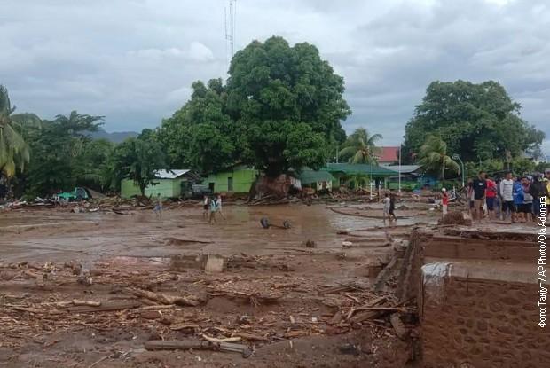 Poplave su pogodile ostrvo Flores u Indoneziji