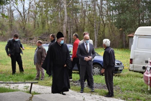Rakić posetio napadnutu srpsku porodicu u Gojbulji i razgovarao sa protom Simom Čumburovićem