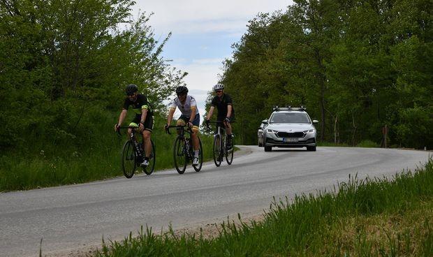 Kako bezbedno voziti bicikl po putu