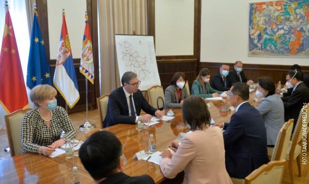 Sastanak Aleksandra Vučića i Čen Bo