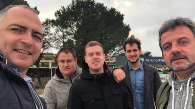 Banić sa državljanima Srbije koji su uspeli da se evakuišu iz Vuhana
