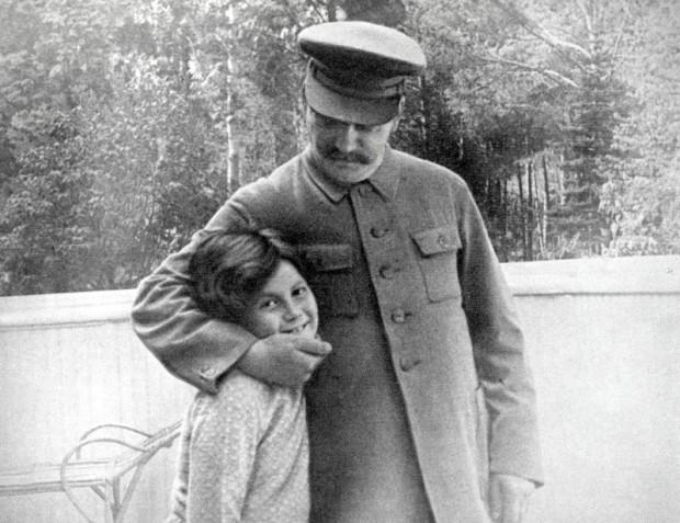 Staljin sa ćerkom Svetlanom