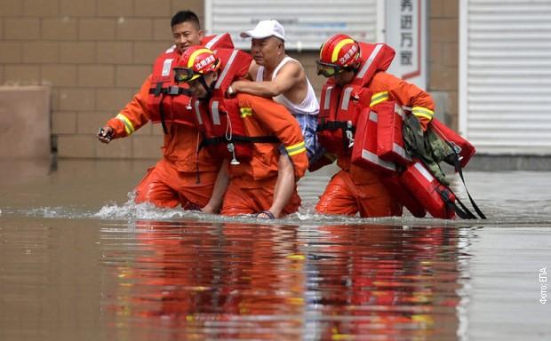 Poplavama u Kini ugroženo više od milion ljudi