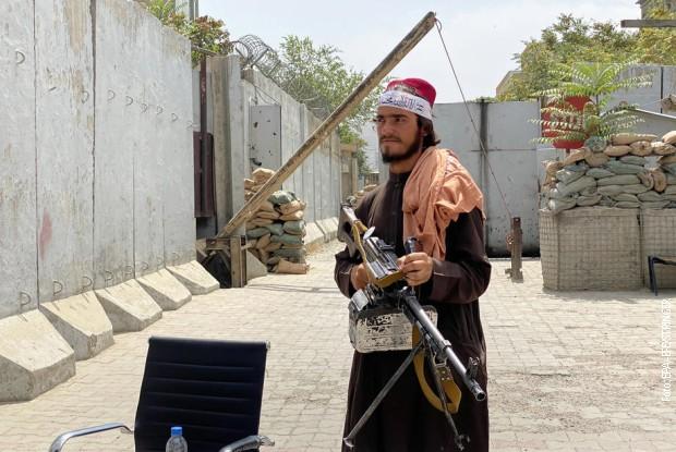 Nastavlja se evakuacija diplomata iz Kabula nakon što su talibani preuzeli vlast
