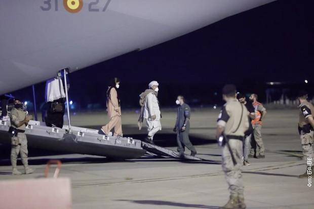 Jedan avion iz Kabula sleteo je u Madrid