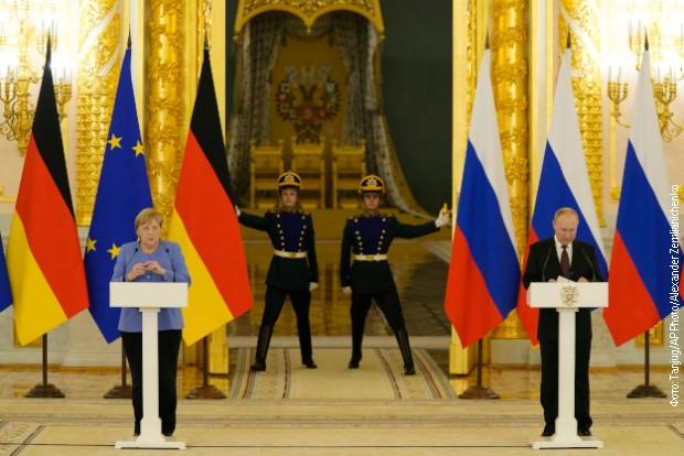 Putin se oglasio o Avganistanu nakon razgovora sa Angelom Merkel
