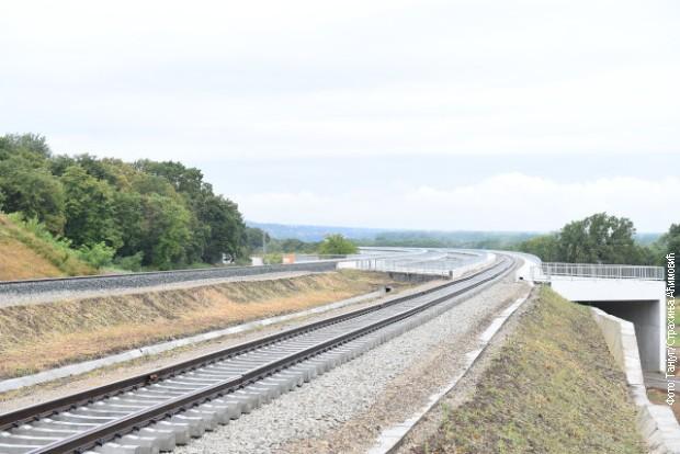 Spojena pruga između Stare Pazove i Novog Sada