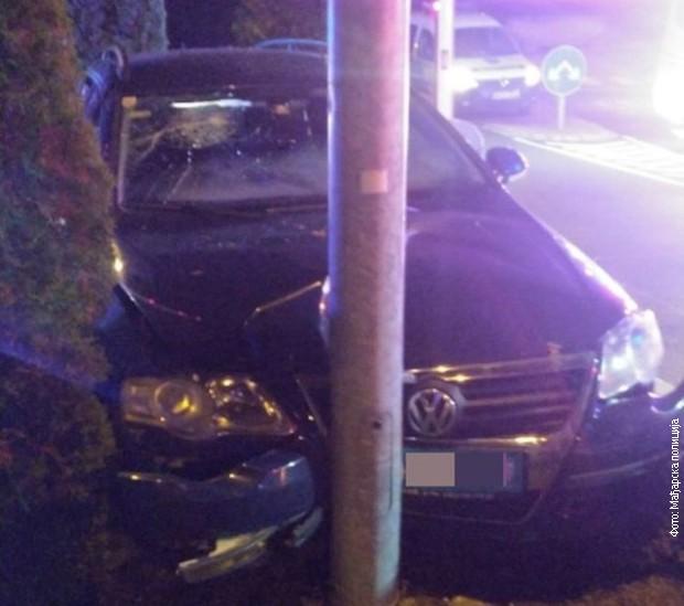 Vozač pokušao da pobegne policiji i zabio se u banderu