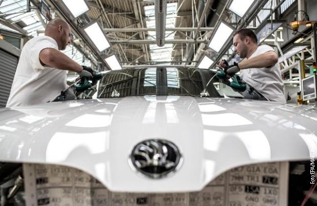 Škoda obustavlja proizvodnju u Češkoj