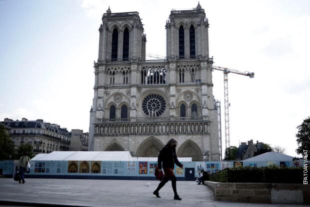 Uhapšen pilot koji je hteo da sruši avion u centar Pariza